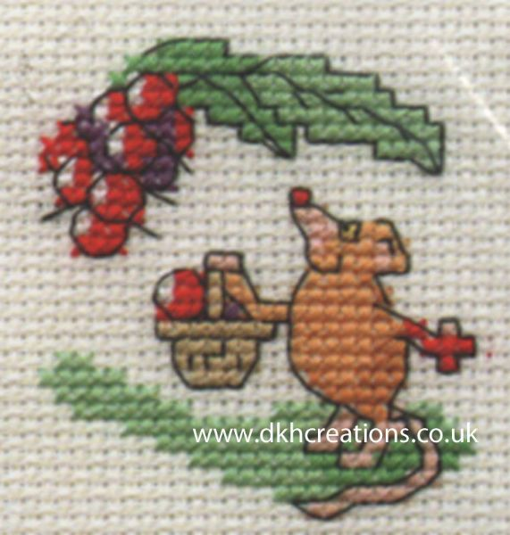 Blackberrying Mouse Cross Stitch Kit